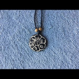 Jewelry - Ying Yang Flower Necklace / choker
